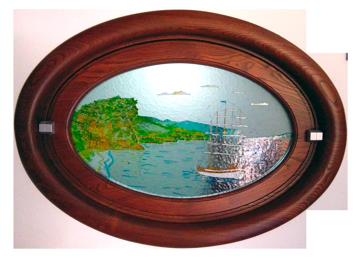 Telaio e finestra di legno su misura